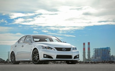 Lexus IS-F Climbs To The Top